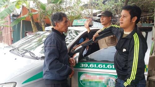 """Tài xế taxi chuyên chở 'ma': Phát hoảng vì khách bị """"vong nhập"""""""