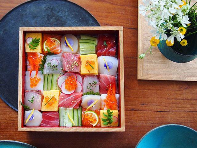 Từ sushi miếng, người Nhật chuyển sang mê mẩn sushi ghép hình - 1