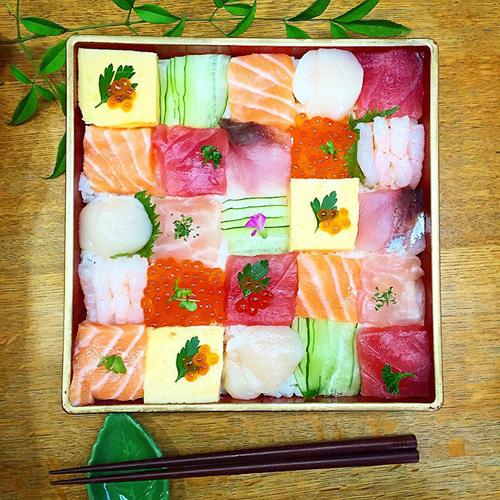 Từ sushi miếng, người Nhật chuyển sang mê mẩn sushi ghép hình - 7