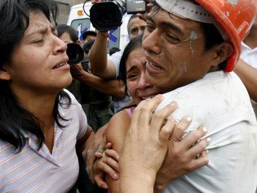 Những hình ảnh xúc động về tình yêu thương khiến ai cũng phải rơi nước mắt - 2