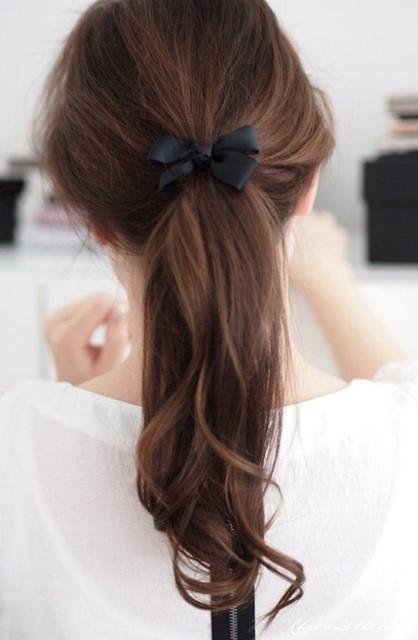 Nâng tầm nhan sắc ngoạn mục bằng hàng loạt biến thể của tóc đuôi ngựa - 15