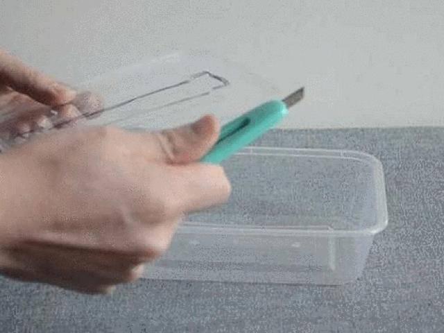 Hộp nhựa dùng một lần có thể tái chế thành những thứ dùng nhiều lần, tiện không ngờ