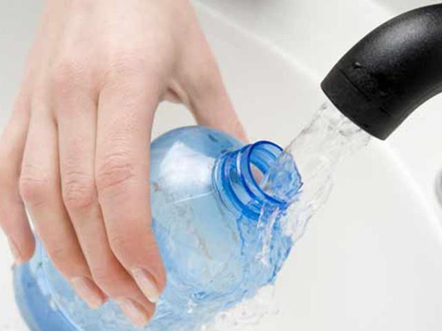 Sử dụng chai nhựa có thể dẫn tới vô sinh ở đàn ông