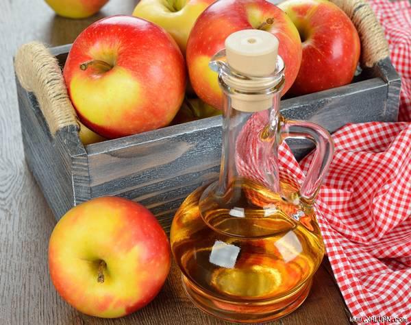 học ngay cách chữa viêm phụ khoa tại nhà với táo