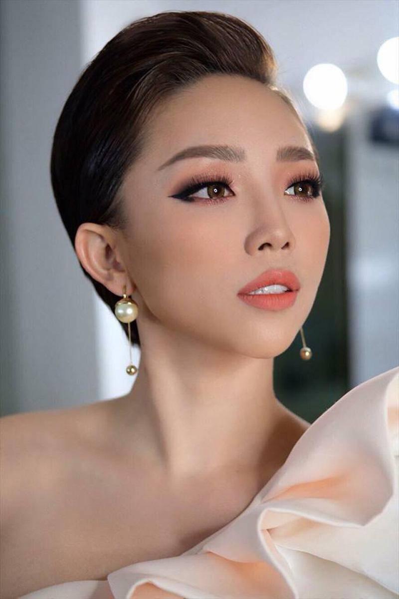 khong phai toc uon xoan chuan hoa hau, day moi la kieu toc thong tri lang mot viet 2018 - 4