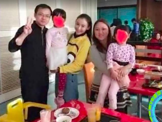 Đây là chân dung thực sự của bố đẻ con trai thứ 3 của Trương Bá Chi?