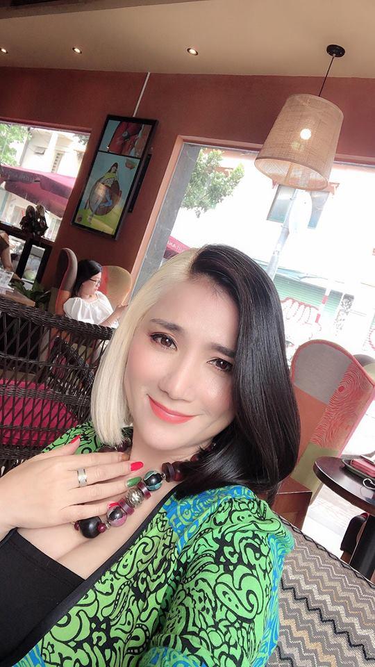 """lam dieu nay cung con gai dip dau nam, mc cat tuong nhan ngay danh hieu """"ba me 2019"""" - 4"""