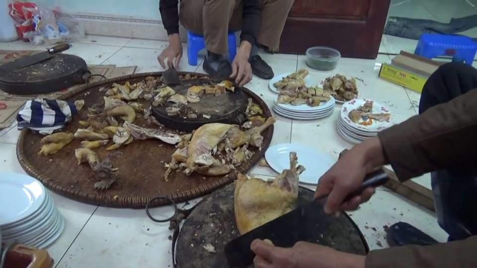 """can tet, chang trai khoe canh co que ron rang, dan mang non nao """"bao lau roi chua ve que"""" - 2"""