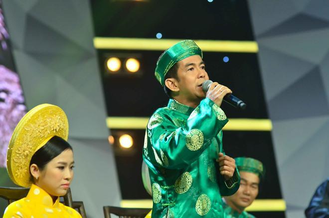 "thanh bach lai ""gay choang vang"", mac ao... den nhay la lam di lam giam khao - 4"
