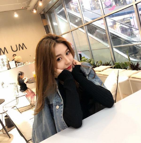 "mot giay lo tay tat filter ""song ao"", hotgirl trieu follow de lo nhan sac xau giat minh - 5"