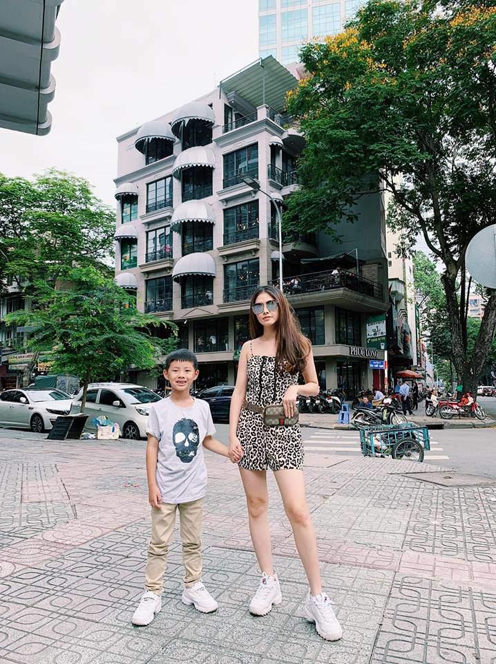 """lay chong noi tieng, mau nu nong bong lam me """"chuan bim sua"""", anh hien tai kho ngo - 18"""