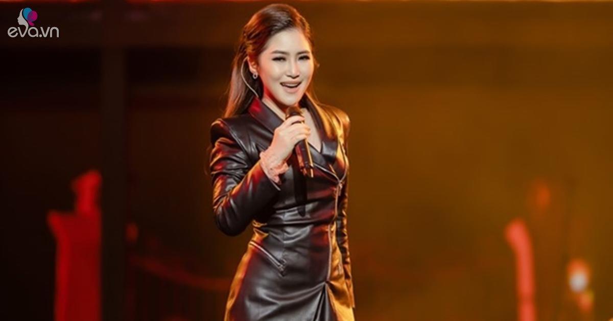 Hương Tràm khóc, khán giả cũng khóc với liveshow đầu tiên trong sự nghiệp của cô