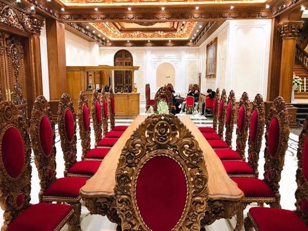 Đám cưới được bố vợ tặng 200 cây vàng: Choáng ngợp cảnh tượng bên trong lâu đài nhà cô dâu - 10