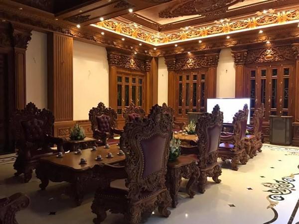 Đám cưới được bố vợ tặng 200 cây vàng: Choáng ngợp cảnh tượng bên trong lâu đài nhà cô dâu - 9