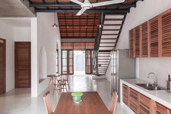 Biệt thự mái ngói ở TP.HCM gợi ý kiến trúc mới mẻ cho những căn nhà phố - 5