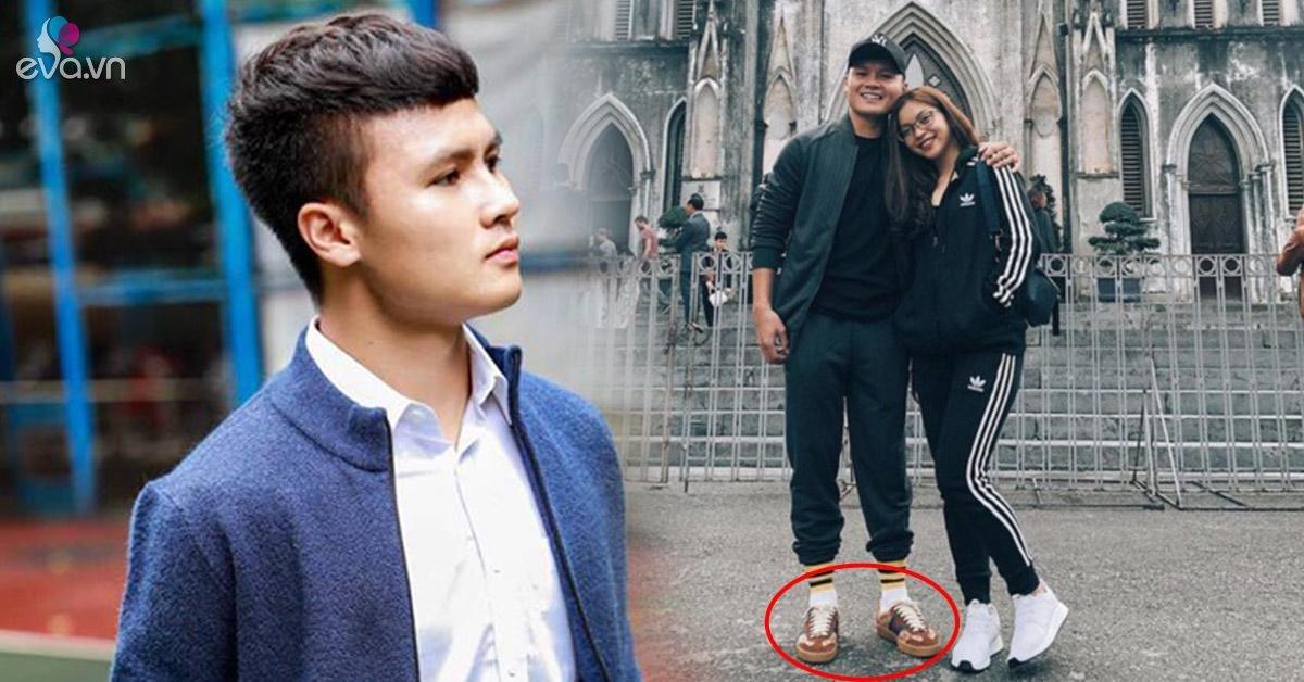 """Bị fan """"tia"""" đồng hồ 300 triệu, Quang Hải tiết kiệm hơn khi chỉ diện đôi giày...15 triệu này thôi"""