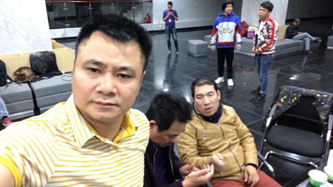 sao viet 24h: le phuong co thai, giao het cho chong kem 7 tuoi nghien cuu viec bau bi - 7
