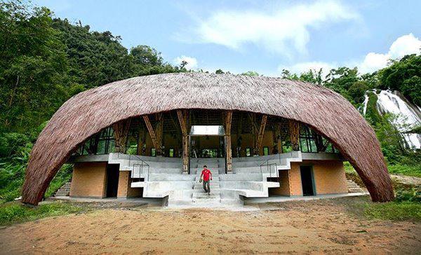 Ngôi nhà ở Sơn La có thiết kế sáng tạo được báo Tây khen hết lời - 1