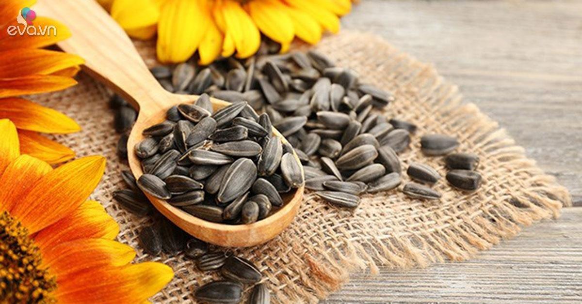 """6 loại hạt ai cũng ăn dịp Tết là loại thuốc """"quý hơn vàng"""" nhưng cần phải biết điều này"""