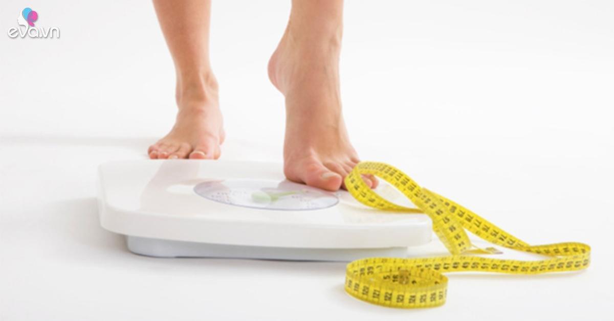 """4 động tác vừa tăng cường sức khỏe lại """"đánh bay"""" nỗi lo béo phì, tăng cân dịp Tết"""