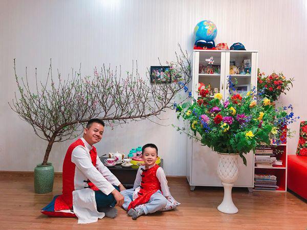 Mẹ Hà Nội chỉ cách cắm hoa tươi suốt 9 ngày nghỉ Tết, bông nào bông nấy đẹp amp;#39;bung lụaamp;#39; - 3