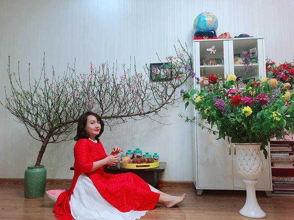 Mẹ Hà Nội chỉ cách cắm hoa tươi suốt 9 ngày nghỉ Tết, bông nào bông nấy đẹp amp;#39;bung lụaamp;#39; - 1