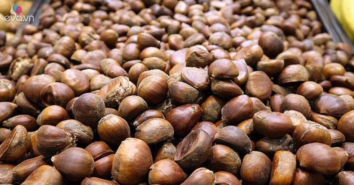 Ruột người đàn ông thủng lỗ chỗ như tổ ong vì mắc sai lầm lớn khi ăn hạt dẻ