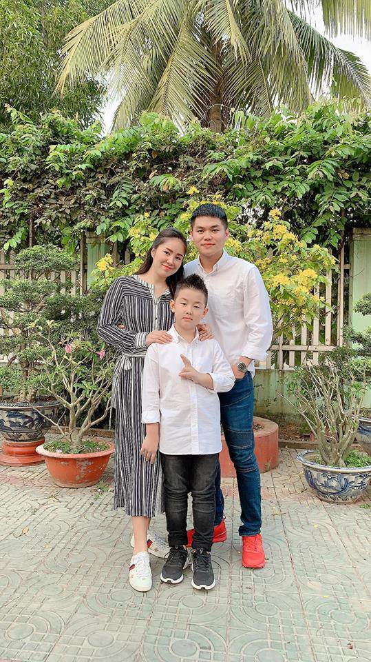 "sau chuyen ve que noi an tet cung cha duong, con trai le phuong nhanh chong goi dien ""mach me"" - 1"