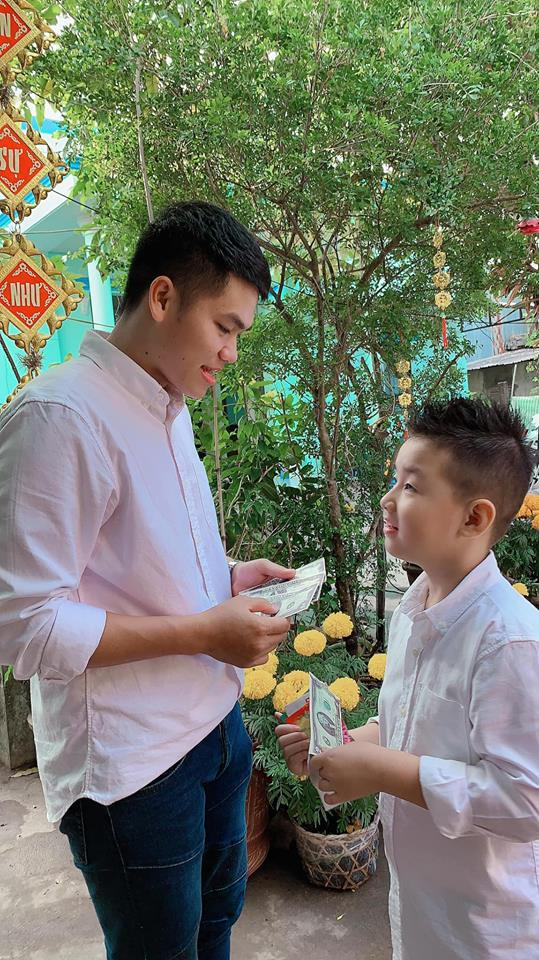 "sau chuyen ve que noi an tet cung cha duong, con trai le phuong nhanh chong goi dien ""mach me"" - 4"