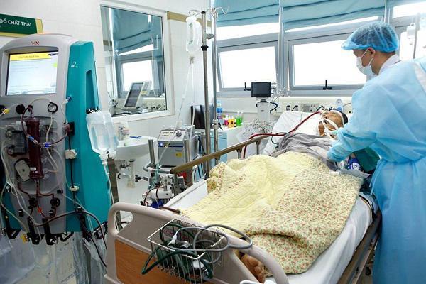 Chủ quan với cơn hắt hơi, sổ mũi, thai phụ mang song thai tử vong sau 2 tuần điều trị - Ảnh minh hoạ 2