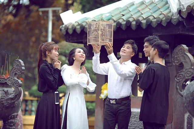 Lộ diện vợ và 3 con lớn phổng phao của ca sĩ đình đám một thời Chế Thanh - 3