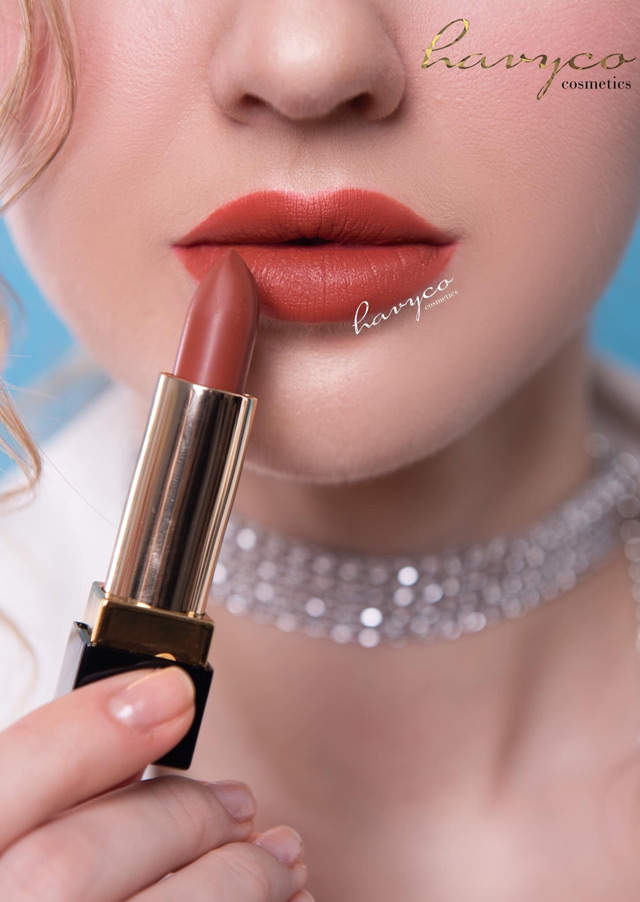giai ma cay son huong giang idol su dung trong mv moi cua havyco lipstick - 4