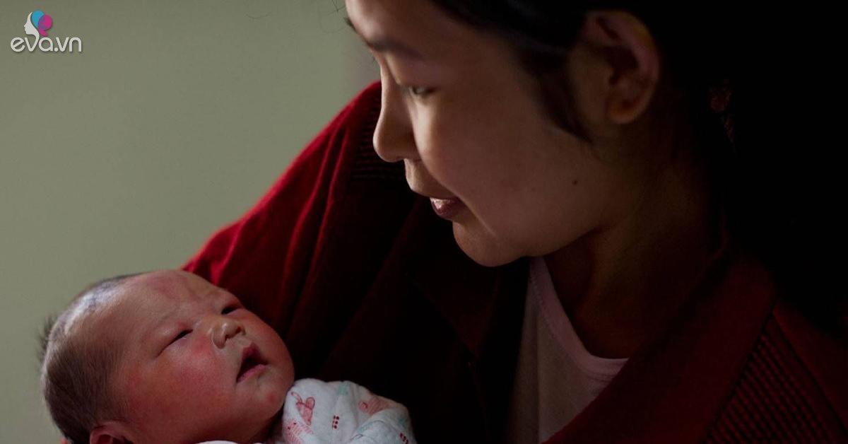 Suy sụp tưởng không có con sau khi cắt cổ tử cung, mẹ khóc nghẹn ngày thử thai