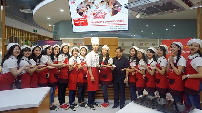 Học làm sushi cùng Đại sứ thiện chí Hoa Anh Đào - 3