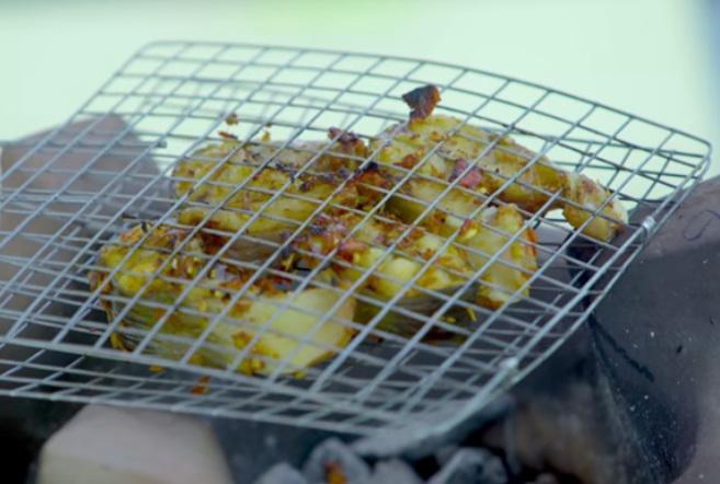 Đến nhà Nhã Phương chơi, Thuý Ngân được Trường Giang đích thân vào bếp, đãi thịt ú ụ - 21