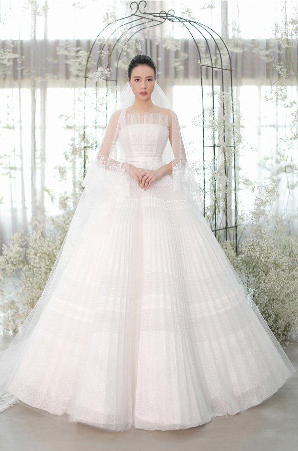 Váy cưới cổ tích của Đông Nhi, Bảo Thy… được kiến tạo bởi bàn tay tài hoa Chung Thanh Phong - 3