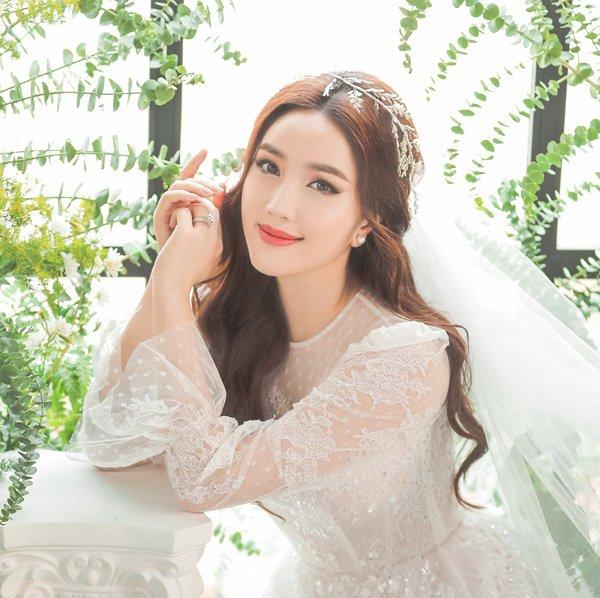 Váy cưới cổ tích của Đông Nhi, Bảo Thy… được kiến tạo bởi bàn tay tài hoa Chung Thanh Phong - 10