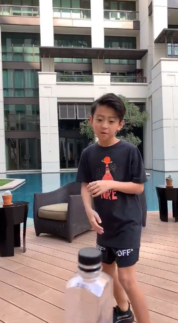 truong ba chi khoe video can canh dung tay khong nho rang cho con trai - 6