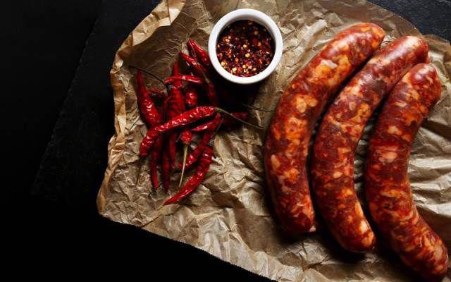 Sự thật về thịt xông khói, lạp xưởng gây ung thư và cách ăn không gây hại sức khỏe