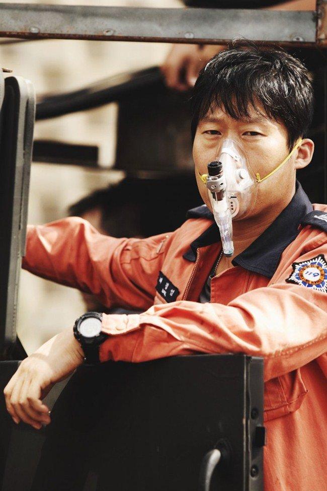 virus corona hoanh hanh, khan gia do xo di xem phim ve dich sars, cum h5n1 - 3