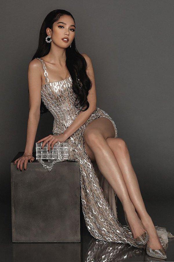 "khoe eo thon dang chuan nhung ngoc trinh lai bi dan tinh ""soi"" ban chan gan guoc, kem xinh - 5"