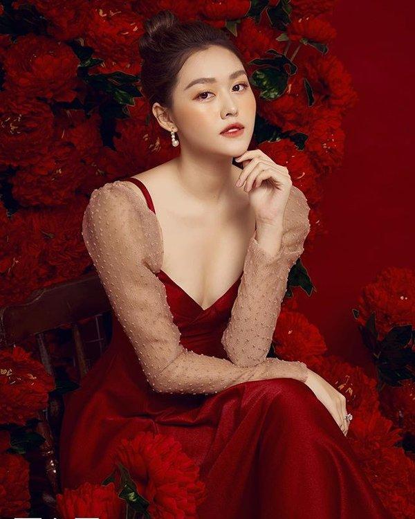 a hau tuong san choi valentine som voi loat vay do xinh het phan thien ha - 1