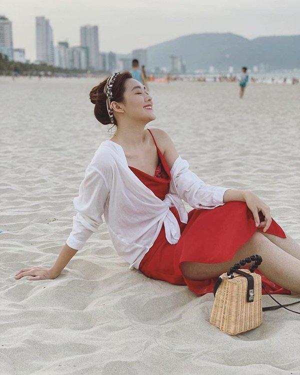 a hau tuong san choi valentine som voi loat vay do xinh het phan thien ha - 12
