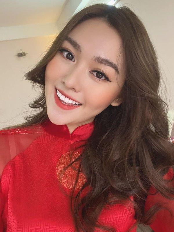a hau tuong san choi valentine som voi loat vay do xinh het phan thien ha - 6