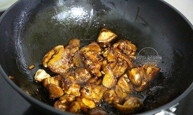 Đổ cả gà lẫn gạo vào nồi cơm điện, sáng ra có món ngon thần thánh, cả nhà tấm tắc - 7