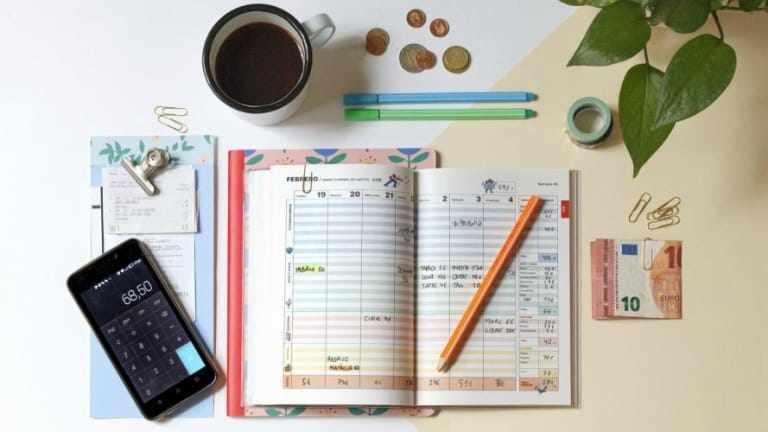 Chỉ với cuốn sổ nhỏ, thủ thuật này của người Nhật sẽ giúp tiết kiệm chi tiêu đến 35%