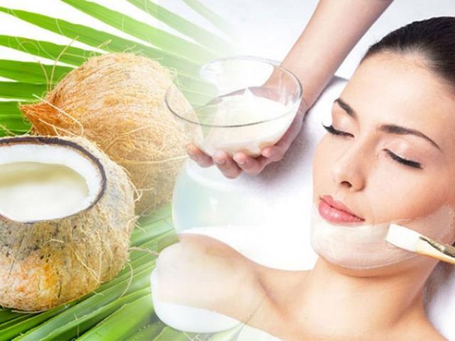 Tác dụng của dầu dừa nguyên chất với làm đẹp bạn nên biết