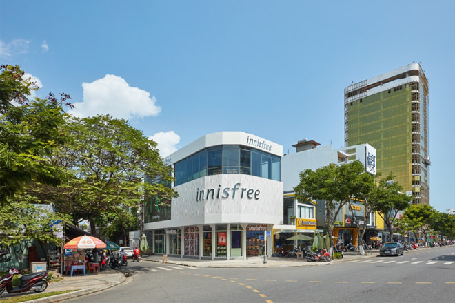 Innisfree khai trương cửa hàng đầu tiên tại Đà Nẵng, các tín đồ làm đẹp có thêm điểm check in mới - 1