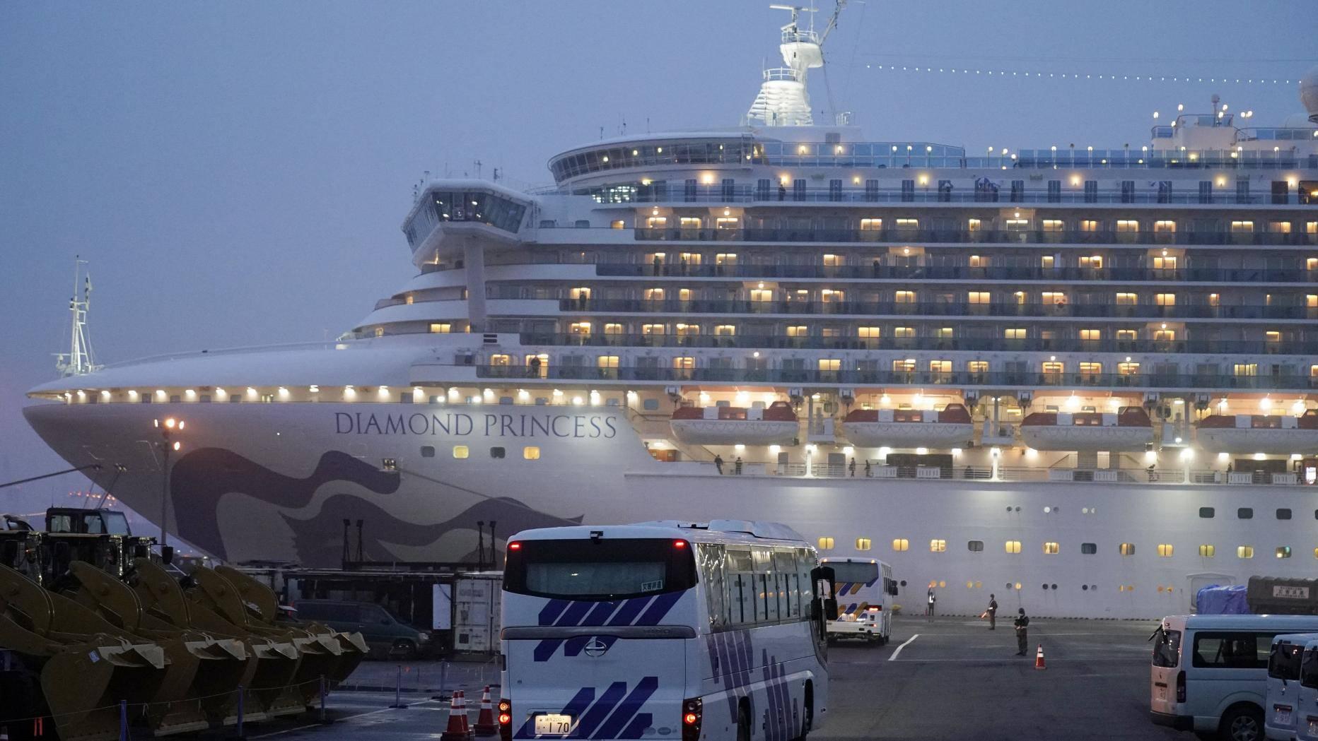 Tiết lộ sai sót chính khiến hơn 700 người trên du thuyền Diamond Princess nhiễm Covid-19