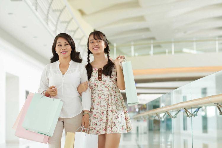 Nhà có con gái đang ở tuổi dậy thì, mẹ cần lựa chọn mua mỹ phẩm nào cho bé?